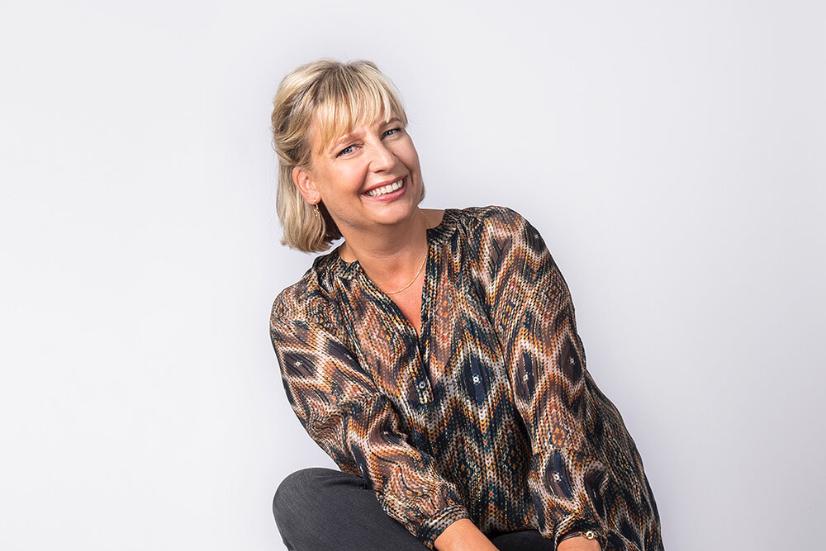 Helene Feuillat offrant la formation Boost ta confiance en toi avec With Greater Impact